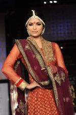 Model walk the ramp for vikram phadnis Show at Amby Valley India Bridal Week day 1 on 24th Sept 2011 (193).JPG