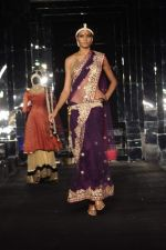 Model walk the ramp for vikram phadnis Show at Amby Valley India Bridal Week day 1 on 24th Sept 2011 (195).JPG