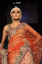 Model walk the ramp for vikram phadnis Show at Amby Valley India Bridal Week day 1 on 24th Sept 2011 (212).JPG