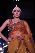 Model walk the ramp for vikram phadnis Show at Amby Valley India Bridal Week day 1 on 24th Sept 2011 (171).JPG