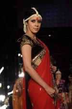 Model walk the ramp for vikram phadnis Show at Amby Valley India Bridal Week day 1 on 24th Sept 2011 (174).JPG