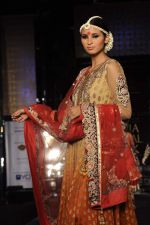 Model walk the ramp for vikram phadnis Show at Amby Valley India Bridal Week day 1 on 24th Sept 2011 (187).JPG