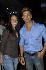 Sahil Khan at Classic Body Building championship in Mehboob Studio, Bandra, Mumbai on 25th Sept 2011 (84).JPG