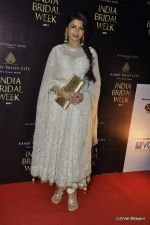 Bhagyashree on Day 4 at Amby Valley India Bridal Week on 26th Sept 2011-1 (129).JPG