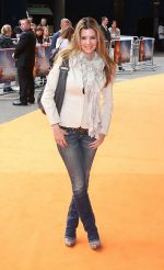 Linda Papadopoulos attends The Lion King 3D UK Premiere in BFI IMAX, Waterloo on 25th September 2011 (1).jpg