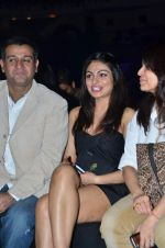 Neeru Bajwa on Day 4 at Amby Valley India Bridal Week on 26th Sept 2011-1 (122).JPG