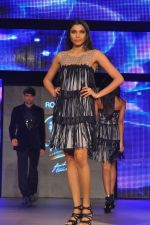 at Blenders Pride Fashion Tour 2011 Day 2 on 24th Sept 2011 (73).jpg