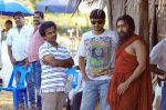 AR Murugadoss in 7aum Arivu Movie On Sets (1).jpg