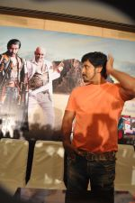 Chiyaan Vikram attends Rajapattai Press Meet (3).jpg