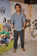 Vaibhav Talwar at Love Break up zindagi promotional event in Mehboob on 27th Sept 2011 (35).JPG