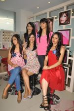 Miss Hyderabad Finalists at Lakme Salon on 26th September 2011 (53).JPG