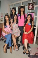Miss Hyderabad Finalists at Lakme Salon on 26th September 2011 (55).JPG