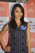 Miss Hyderabad Finalists at Lakme Salon on 26th September 2011 (9).JPG