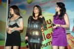 Neeru Singh, Sagarika Ghatge, Kangna Ranaut at the Audio release of Mujhse Fraaandship Karoge in Yashraj Studios on 28th Sept 2011 (49).JPG