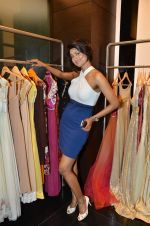 Nigaar Khan at Rocky S showcases Paris Hilton collection and Marie Claire cover launch in Bandra, Mumbai on 28th Sept 2011 (82).JPG