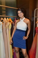 Nigaar Khan at Rocky S showcases Paris Hilton collection and Marie Claire cover launch in Bandra, Mumbai on 28th Sept 2011 (83).JPG