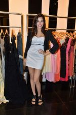 Sonalli Sehgall at Rocky S showcases Paris Hilton collection and Marie Claire cover launch in Bandra, Mumbai on 28th Sept 2011 (48).JPG