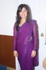 Sunidhi Chauhan at Lata Mangeshkar_s birthday concert in Shanmukhanand Hall on 28th Sept 2011 (52).JPG