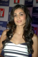 Tara D_Souza at the Audio release of Mujhse Fraaandship Karoge in Yashraj Studios on 28th Sept 2011 (62).JPG
