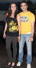 Jasvir Kaur at Hum Tum aur Shabana premiere in Fame Andheri on 29th Sept 2011 .JPG