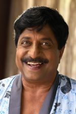 Sreenivasan in Padmasree Bharat Dr Saroj Kumar Movie Stills (1).JPG