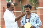 Sreenivasan in Padmasree Bharat Dr Saroj Kumar Movie Stills (10).JPG
