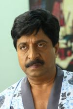 Sreenivasan in Padmasree Bharat Dr Saroj Kumar Movie Stills (9).JPG