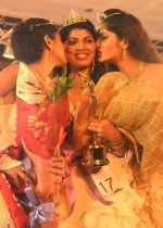 Elizabeth Thadikaran, Shruthi Nair, Maria John won Miss Kerala 2011 on October 8th, 2011 (21).JPG