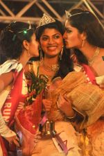 Elizabeth Thadikaran, Shruthi Nair, Maria John won Miss Kerala 2011 on October 8th, 2011 (22).JPG