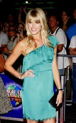 Sarah Wright attends arrives at LA Premiere of The Thing in Universal Studios on 10th October 2011 (2).jpg