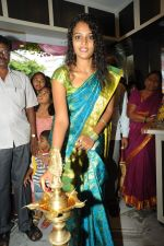 Sonia Launches Tharangini Saree Store on October 7th 2011 (14).jpg