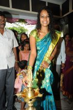 Sonia Launches Tharangini Saree Store on October 7th 2011 (3).jpg