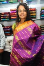 Sonia Launches Tharangini Saree Store on October 7th 2011 (8).jpg