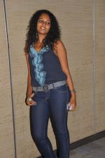 Sonia in a casual shoot on 9th October 2011 (5).jpg