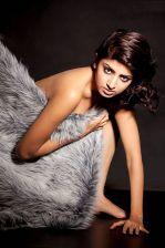 Poonam Kaur Photoshoot (2).jpg