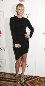 Nicole Richie arrives to the 18th Annual QVC _FFANY Shoes on Sale_ Benefit for Breast Cancer Research and Education in Waldorf Astoria Hotel on 13th October 2011 (2).jpg