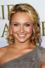 Hayden Panettiere arrives to the LA premiere of _Fireflies in the Garden_ in Pacific Theatre at The Grove on October 12, 2011 (2).jpg