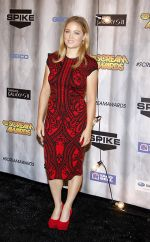 Erika Christensen arrives to Spike TV_s _SCREAM 2011_ in Universal Studios Backlot on 15th October 2011 (2).jpg