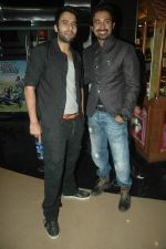 Jackky Bhagnani, Ranvijay Singh at MOD film premiere in Cinemax, Mumbai on 15th Oct 2011 (76).JPG