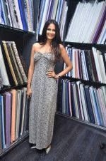 Rupali Suri at Troy Costa store launch in Mumbai on 19th Oct 2011 (54).JPG