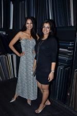 Rupali Suri at Troy Costa store launch in Mumbai on 19th Oct 2011 (55).JPG