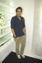 Rocky S at SAKS store launch in Bandra, Mumbai on 21st Oct 2011 (20).JPG