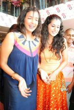 Taapsee Pannu, Lakshmi Prasanna attends Laasya Showroom Opening on 21st October 2011 (10).jpg