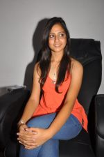 Anushka Shah Lunches Suja_s Beauty Care on 22nd October 2011 (20).JPG