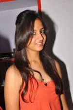 Anushka Shah Lunches Suja_s Beauty Care on 22nd October 2011 (66).JPG