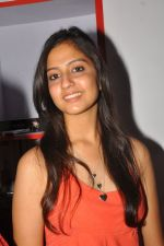 Anushka Shah Lunches Suja_s Beauty Care on 22nd October 2011 (17).JPG
