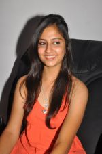 Anushka Shah Lunches Suja_s Beauty Care on 22nd October 2011 (24).JPG
