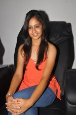 Anushka Shah Lunches Suja_s Beauty Care on 22nd October 2011 (28).JPG