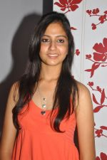 Anushka Shah Lunches Suja_s Beauty Care on 22nd October 2011 (47).JPG