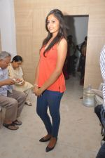 Anushka Shah Lunches Suja_s Beauty Care on 22nd October 2011 (58).JPG